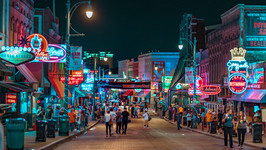 Beale Street, Memphis (Photo by Heidi Kaden Lopyreva on Unsplash)