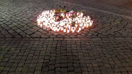 Candles brought to the market square in Turku, Finland, following the knife attack in August 2017. Photo: Sullay/Wikimedia commons