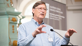 Hal Varian speaking at Salzburg Global Seminar