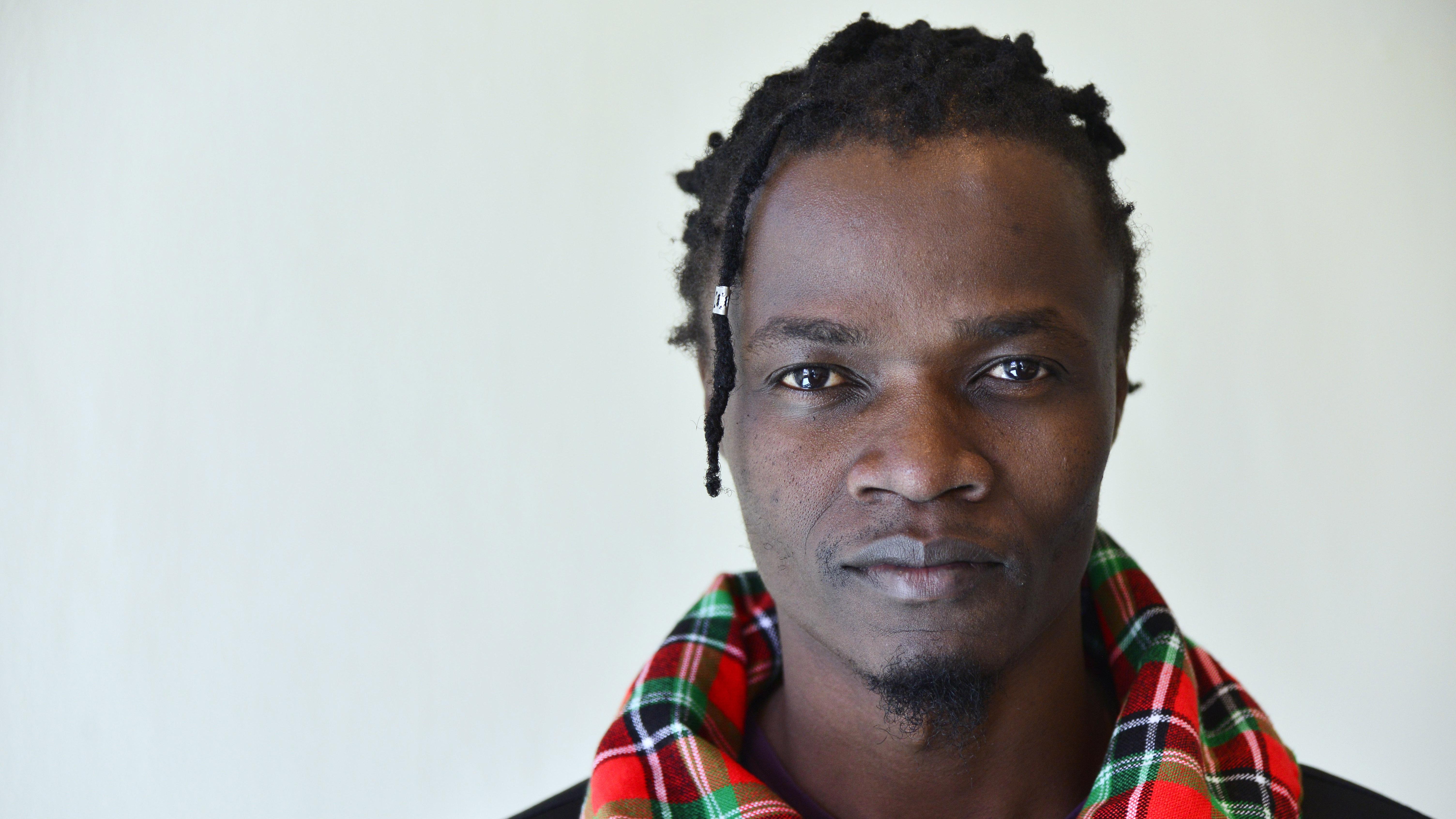 Juliani Kenia dating